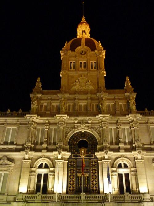 El Palacio Municipal de Maria Pita es la sede del ayuntamiento coruñes