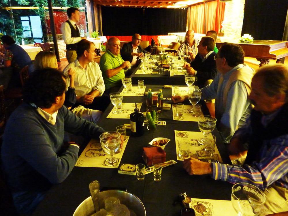 Grupo de cata formado por Javier Enriuqe, Eva, Fernando, Joaquín, Paco