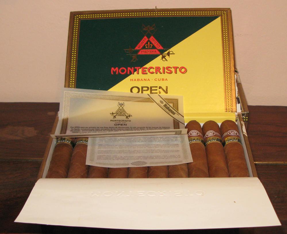 El Club Gourmet celebró la cata del Habano Montecristo Open Master