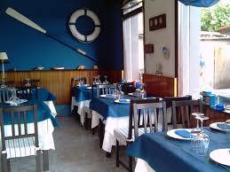 Zarra, sardinas en el puerto de Caión . Comedor