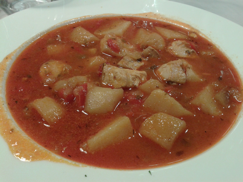 marmitako con bonito de Burela y patata de Coristanco