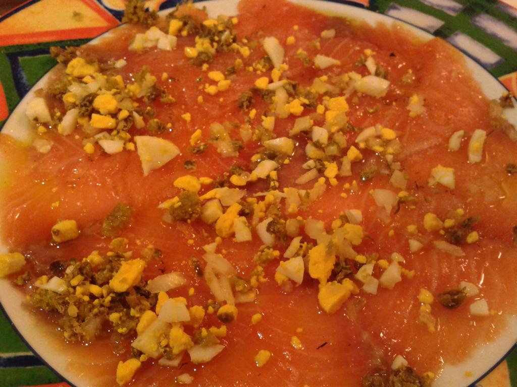 A-la-brasa-un-clásico-en-punta-de-lanza.-Salmon-marinado
