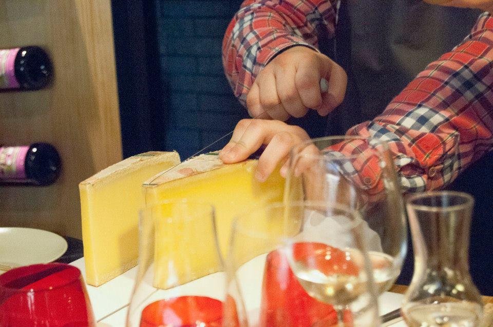 We love cheese by Gastroceta & Queixería da Praza de Vigo4476_n