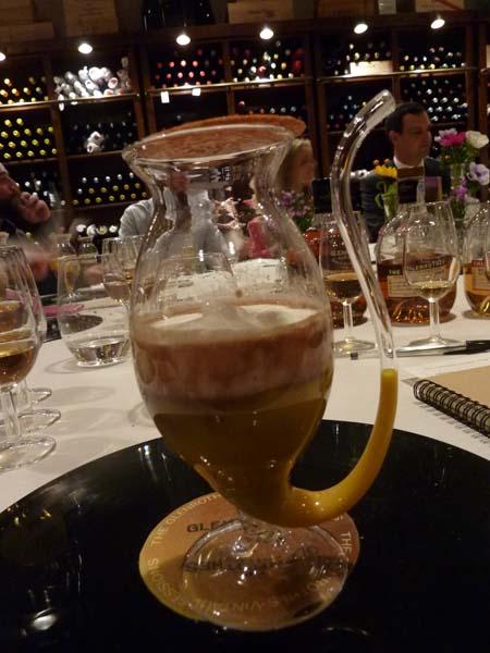 Maridando whisky The Glenrothes con vinilos en la Estación de Cambre (40)